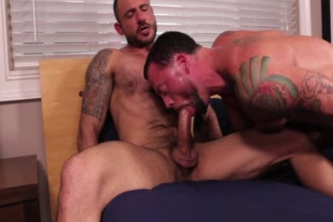 Sean Duran nails Pedro Andreas bare