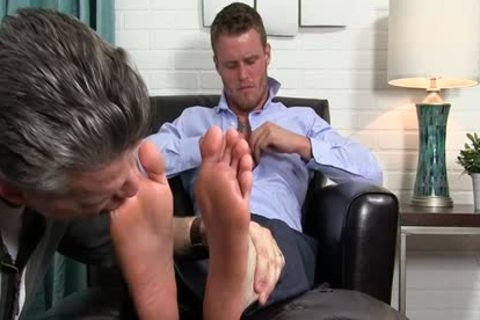 Muscle homosexual Foot With cumshot