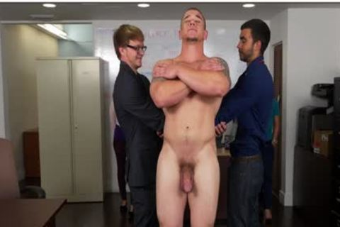 GRAB butt - Hunky Boss Teaches His Office Team All About Teamwork