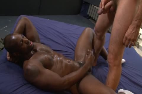 Interracial gay Sex With urinate