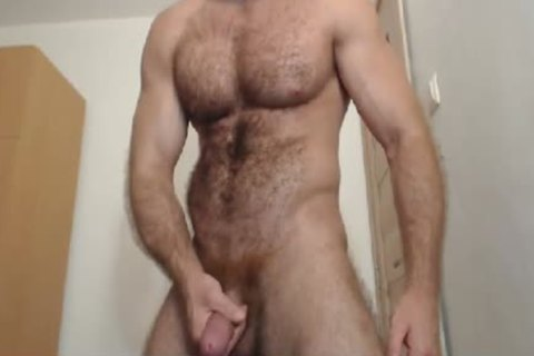Muscle Cub Show And sperm